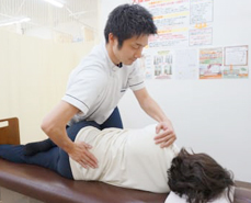 安心、安全で効果の高い骨盤矯正